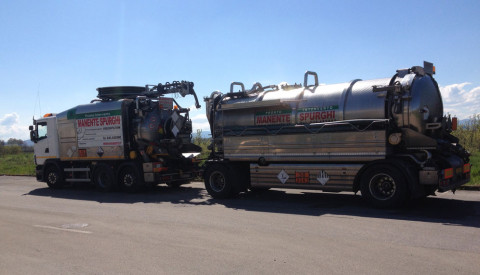 Trasporto rifiuti acidi ADR vicenza